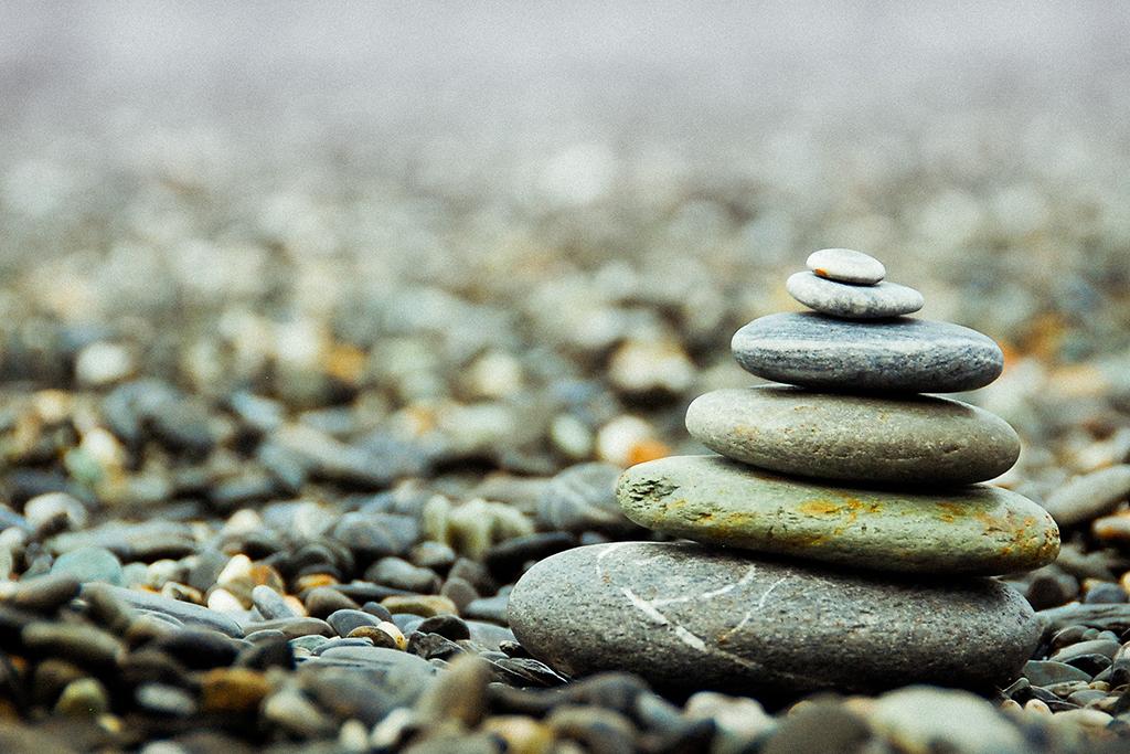flat-stone-stack